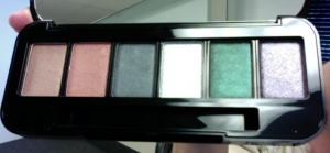 The Latest Customizable Eyeshadow Kit