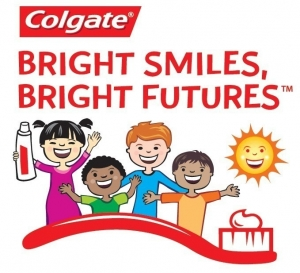 Colgate Links School Picture Day with Oral Health