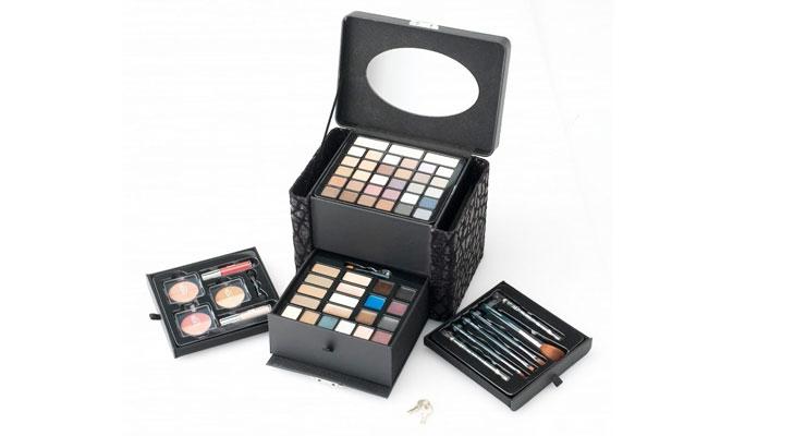 Ulta Debuts Deluxe Cosmetic Sets