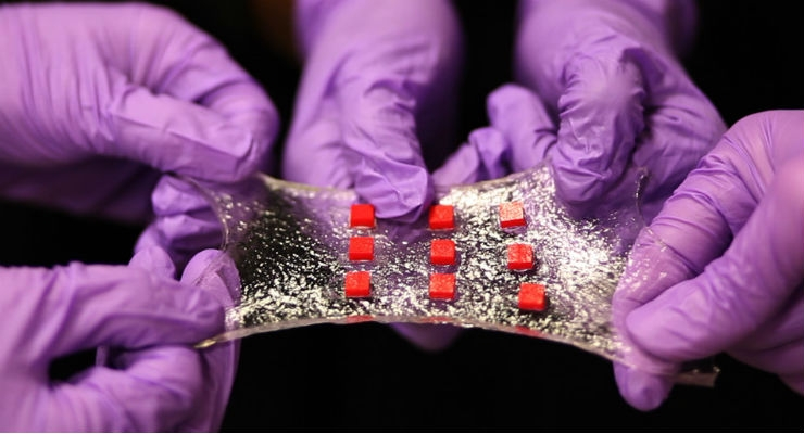 Stretchable Hydrogel Electronics Could Lead to 'Smart Band-Aid' (with video)