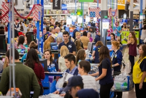 Walmart To Close Hundreds of Stores
