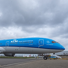AkzoNobel Aerospace Coatings Used on KLM's New Boeing 787-9 Dreamliner