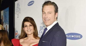 Windex Rolls Out Blue Carpet for My Big Fat Greek Wedding Sequel