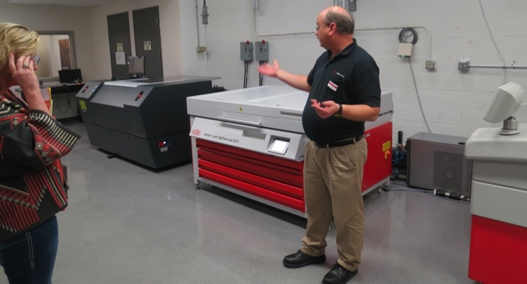 Mark Andy showcases factory on guided tour