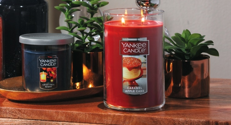Fall Arrives at Yankee Candle