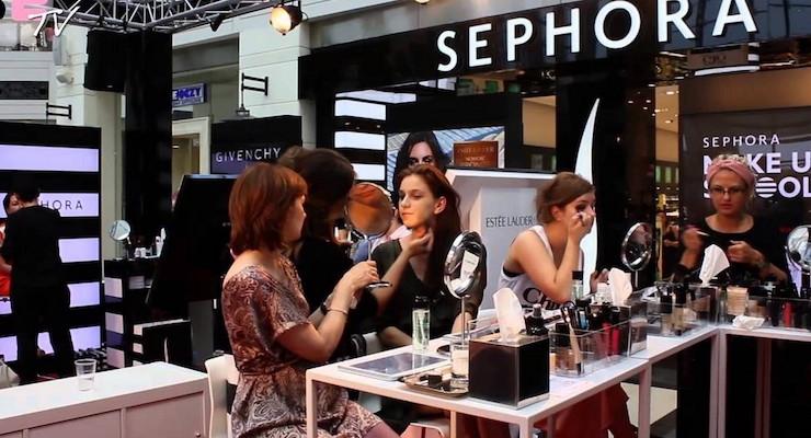 Sephora Introduces a New Teen Makeup Class
