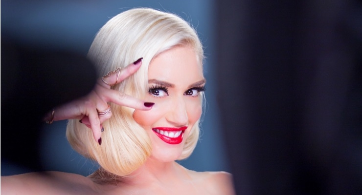 Gwen Stefani Signs with Revlon