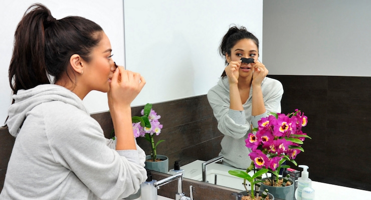 Biore Continues Partnership with Shay Mitchell