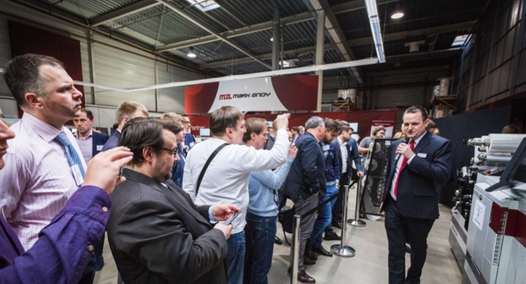 Mark Andy opens its doors in Warsaw for press demos and education