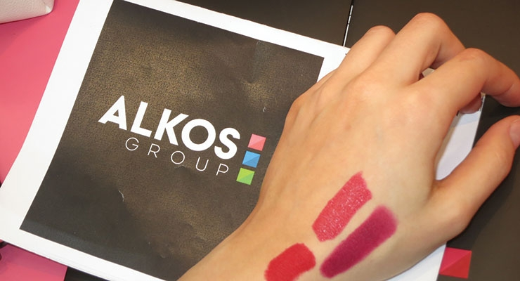 "A new ""luminous"" lipstick was demonstrated at Alkos-Group."