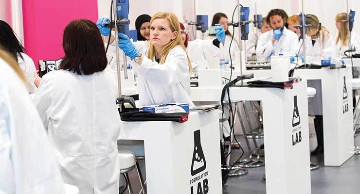 Once again, the popular Formulation Lab was packed with chemists.