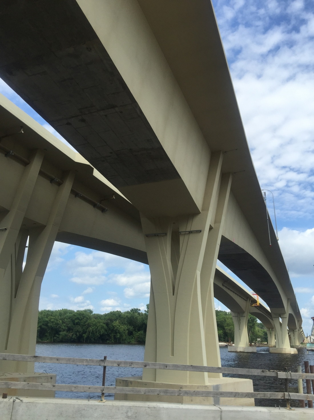 New Dresbach Bridge in Minnesota Features Textured Coating by TEX∙COTE