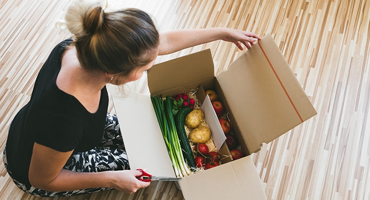 Consumer Confidence Holds Steady, One-Quarter of Shoppers Regularly Buy Grocery Items Online