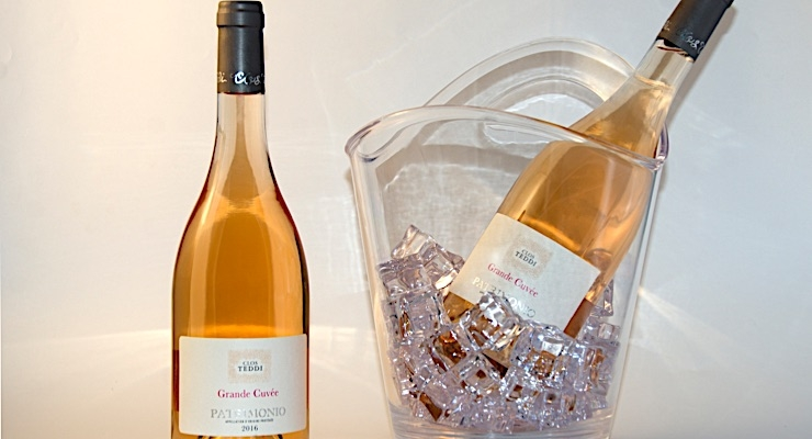 Ritrama provides products for wine and spirits labeling