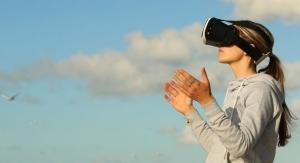 Virtual Reality AI-Therapist Eases Hot Flashes