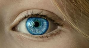 Smartphone Use Risks Eye Examination Misdiagnosis