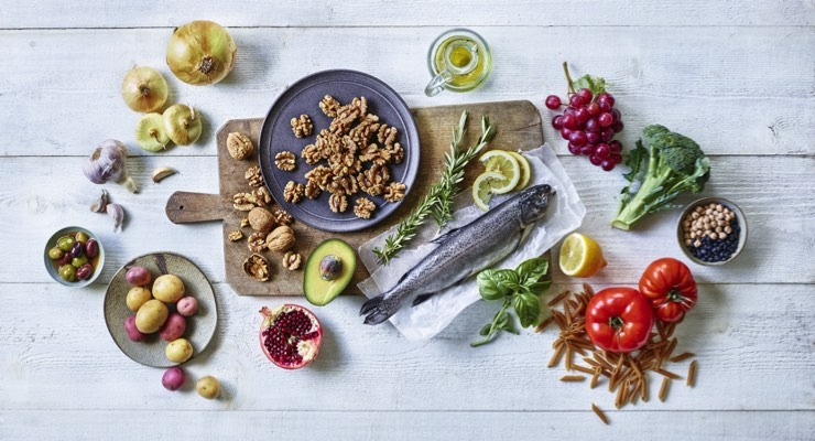 Mediterranean Diet During Pregnancy Associated with Improved Maternal Health Outcomes