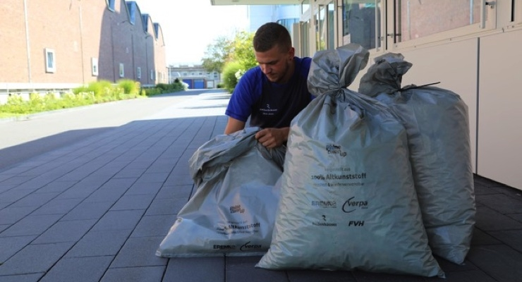 Reifenhäuser Supports RhineCleanUp-Day