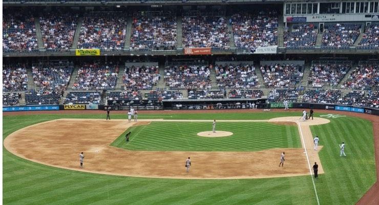 MNYCA Members Take in Yankees Win