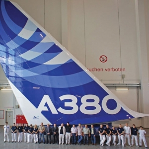 Airbus qualifies AkzoNobel base coat and clear coat system