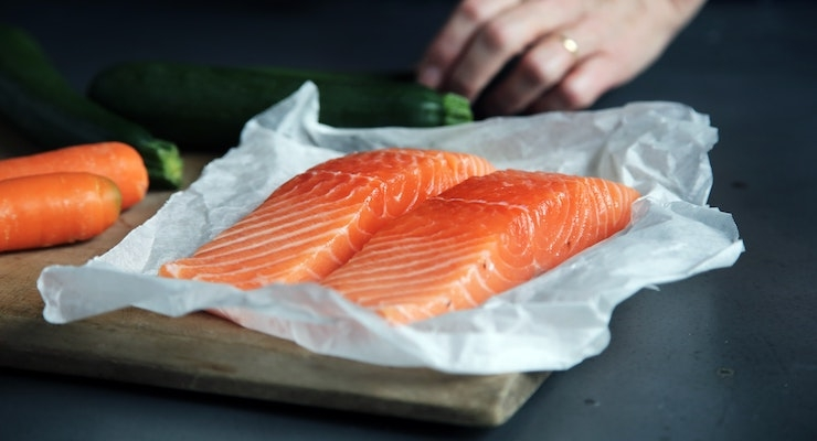 Some, But Not Too Much Fish Is Best for a Prenatal Diet