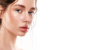 Nourishing Lip Oil Developed by Vantage