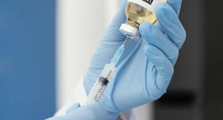 FDA Expands EUA for Pfizer, BioNTech's Covid-19 Vax