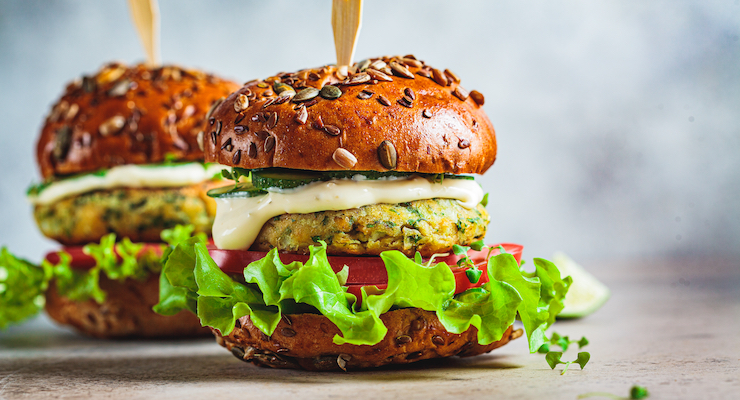 Epidemiological Study Finds Vegetarians Have Healthier Biomarker Profiles than Meat-Eaters