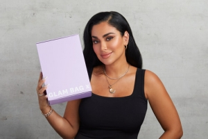 Ipsy Teams Up with Beauty Mogul Huda Kattan To Launch Glam Bag