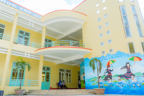 PPG Completes COLORFUL COMMUNITIES Project at Ba Long Primary and Secondary School in Vietnam