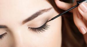 Heatless Curls, Inner Eyeliner & Tattoo Numbing Cream Top Beauty Trends