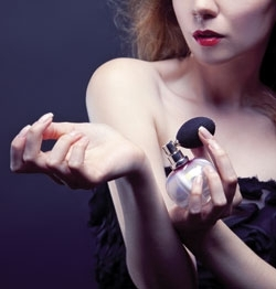 Women's Prestige Fragrance Sales Still Smelling Sweet