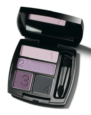 Avon Debuts New Cosmetic Collection