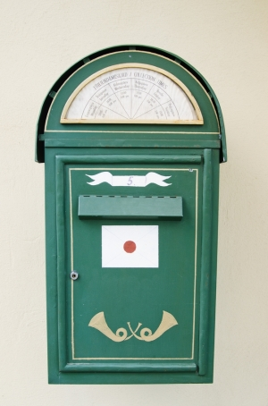 Au Revoir, Mail Order