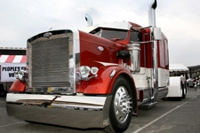PPG-finished KMT 359 Named Grand Champion at Big Rig Build-Off