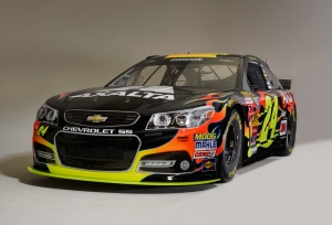 Axalta Racing's Brilliant Flames Chevrolet SS 2015 Debuts at Auto Club 400