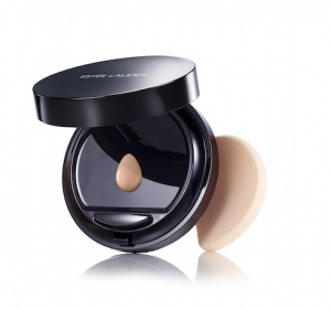 Liquid Compact Debuts at Estee Lauder