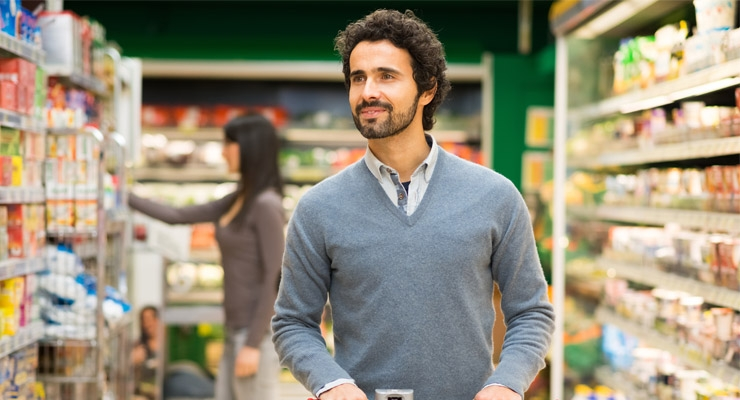 Millennial dads spend more on food monthly than moms.