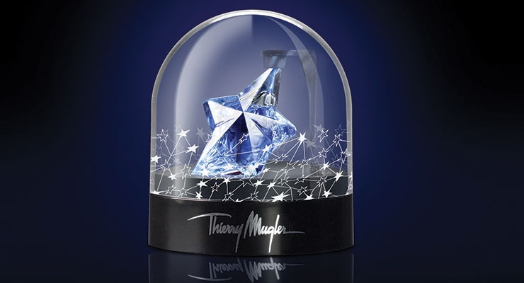 DAPY used injection molding to produce this limited edition snow globe presentation for Thierry Mugler's Angel fragrance.