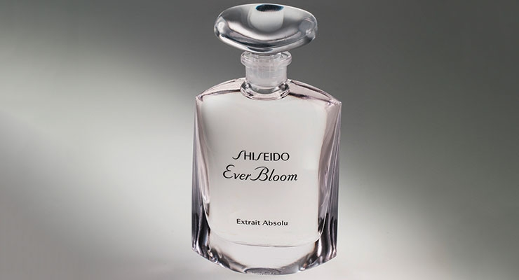 Waltersperger's flacon for Shiseido's Ever Bloom Extrait Absolu is characterized by a simple yet technically complex rounded shape and a dainty glass stopper.