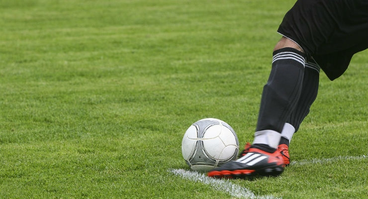 Study Uses GPS Technology to Predict Football Injuries