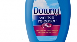 Downy Promotes Wrinkle Releaser Plus