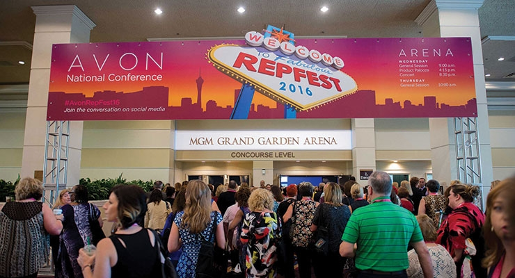 Attendees on site at Avon's RepFest in Las Vegas.