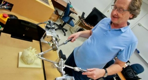 Computer-Aided Surgical Trainer Gives Doctors Better Feel for Laparoscopic Surgery