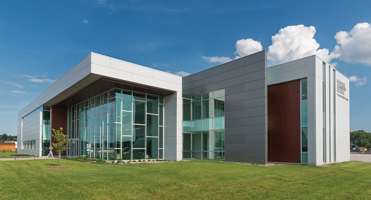 Using multiple colors of coatings, the Kankakee County College North Extension was the first LEED Gold certified building in Kankakee County. Photo: Jim Steinkamp Photography
