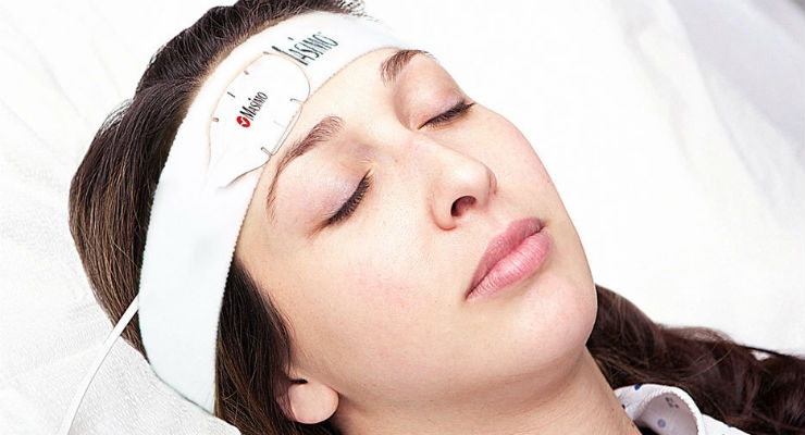 Masimo TFA-1 Single-Patient-Use Adhesive Forehead Sensor (Credit: Business Wire)