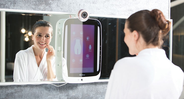 HiMirror Plus analyzes a user's skin condition including wrinkles, fine lines, complexion, dark circles, spots and pores, and even recommends customized skin care routines.