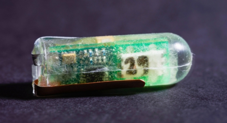 Researchers at MIT and Brigham and Women's Hospital have designed and demonstrated a small, ingestible voltaic cell that is sustained by the acidic fluids in the stomach. (Credit: Diemut Strebe)