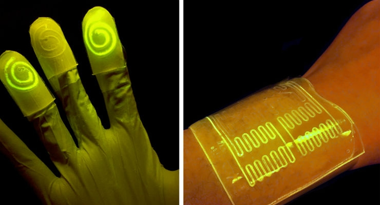 Researchers have found that the hydrogel's mostly watery environment helps keep nutrients and programmed bacteria alive and active. When the bacteria reacts to a certain chemical, the bacteria are programmed to light up, as seen on the left. (Courtesy of the researchers)