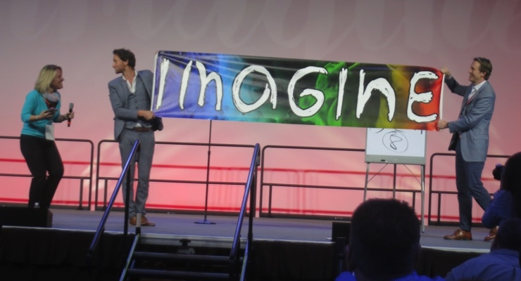 Lior Suchard engaged the audience prior to the keynote presentations.